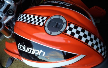 Triumph Speed Triple Orange